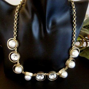Chunky Faux pearl & rhinestone Necklace goldtone